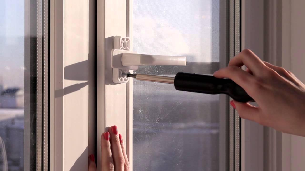 Подтягивание креплений ручки окна